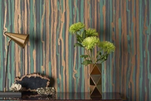 Oohhhh. I nearly forgot about this amazing teal and gold wallpaper from @cole_and_son_wallpapers