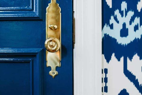 navy-blue-and-gold-decor-erica-burns-1495721033