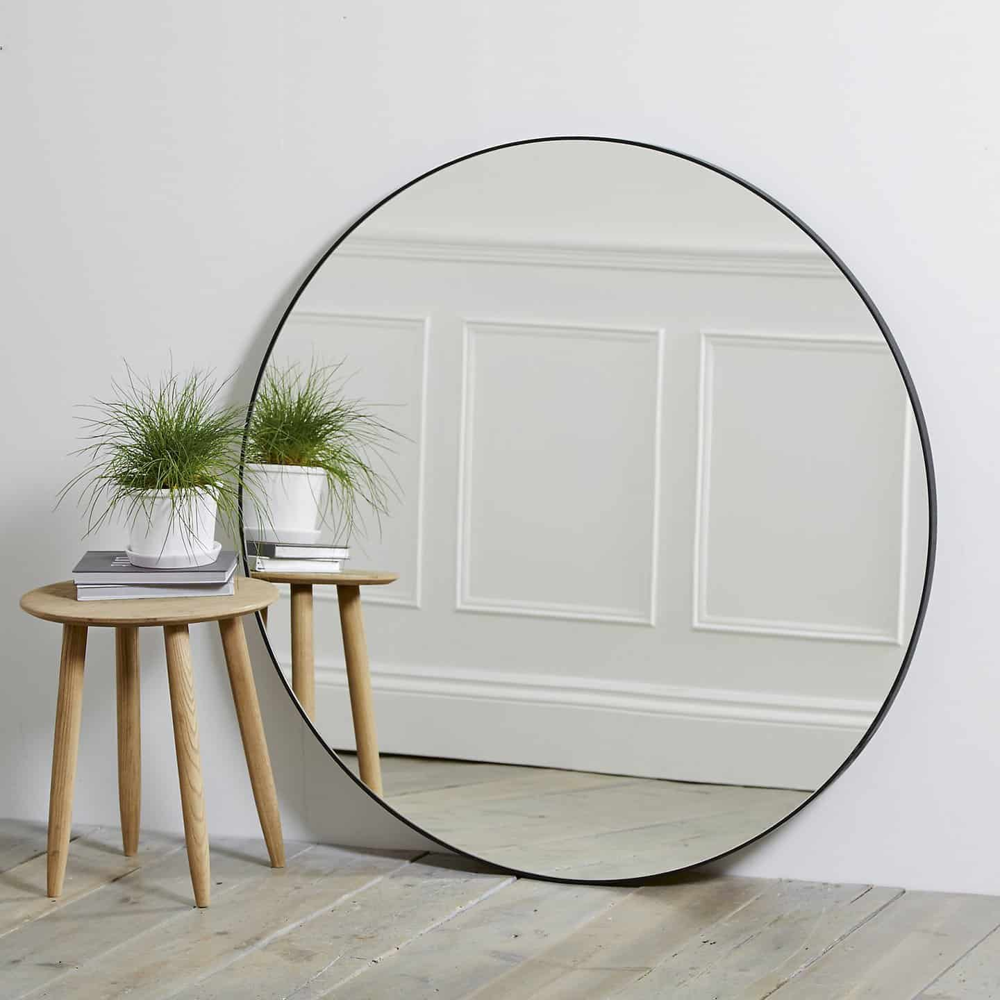 The Rise of Round Mirrors