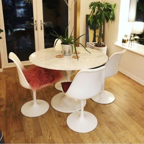 Saarinen Knoll Inspired Marble Tulip Table With 4 Tulip Chairs