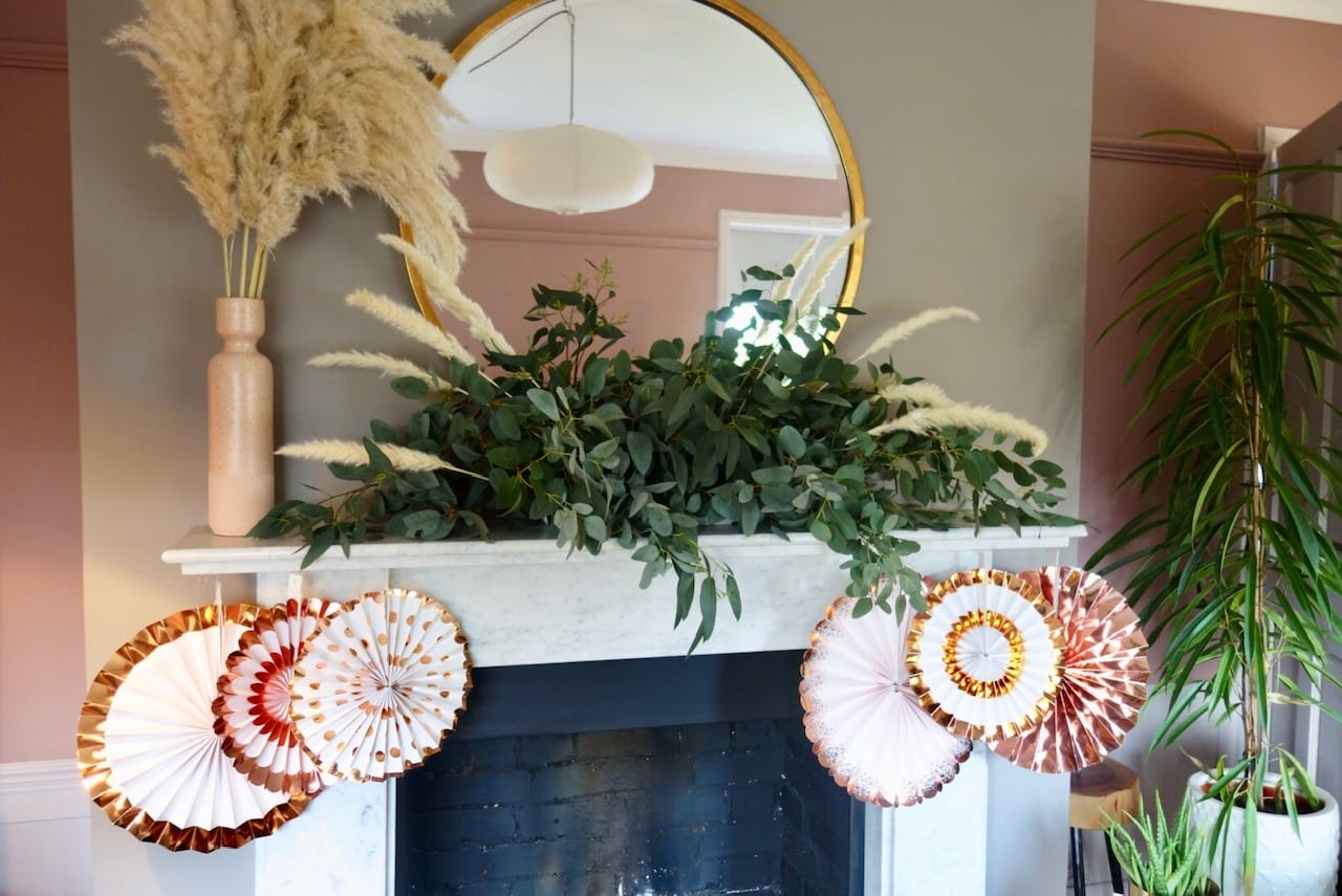 How to make a mantle garland or table decoration